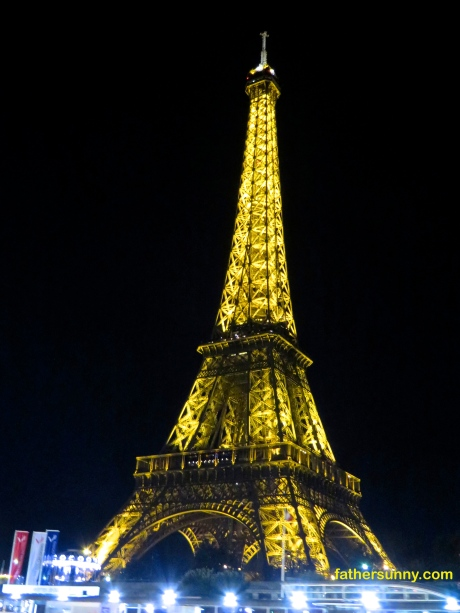 TRAVEL THEME: Metal#2:  The Eiffel Tower